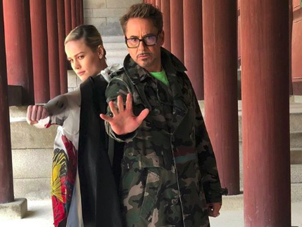 Foto: Gaya Captain Marvel dan Iron Man di Istana Korea