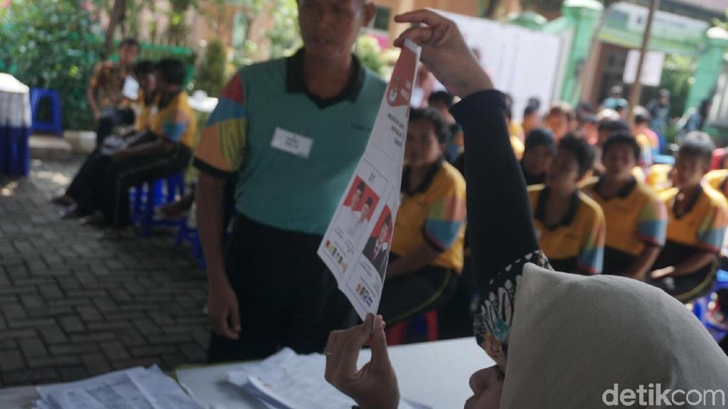Foto: Ratusan Pengidap Gangguan Jiwa Tentukan Presidennya di TPS Ini