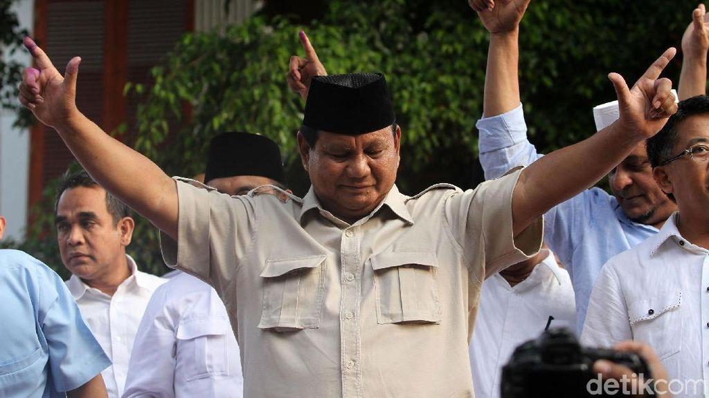 Momen Prabowo Jumpa Pers Tanggapi Hasil Quick Count