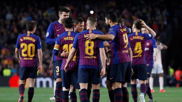 Barcelona bisa mengunci titel juar LaLiga andai memenangi tiga pertandingan yang digelar dalam rentang delapan hari ke depan. (Foto: Susana Vera/Reuters)
