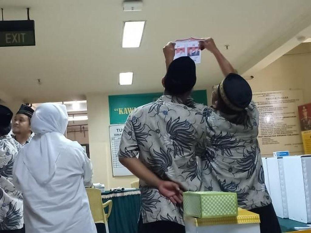 Jokowi Unggul Satu Suara di TPS Rutan Polda Metro Jaya