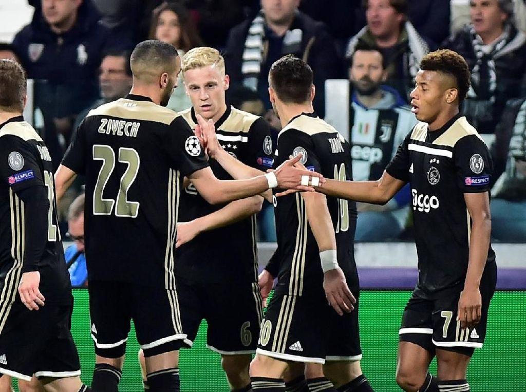 Ancelotti Ragu Ajax Akan Menangi Liga Champions