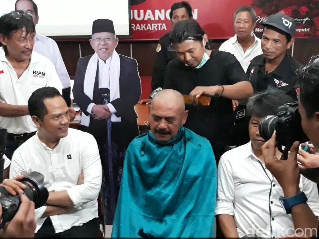 Sudah Yakin Jokowi Menang Telak, Wali Kota Solo Cukur Gundul