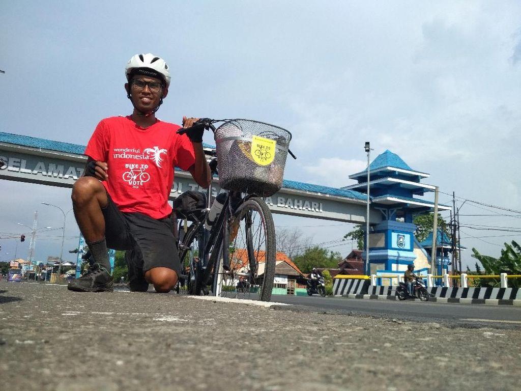 Kisah Agus, Rela Sepedaan 3 Hari Jakarta-Pati Demi Nyoblos