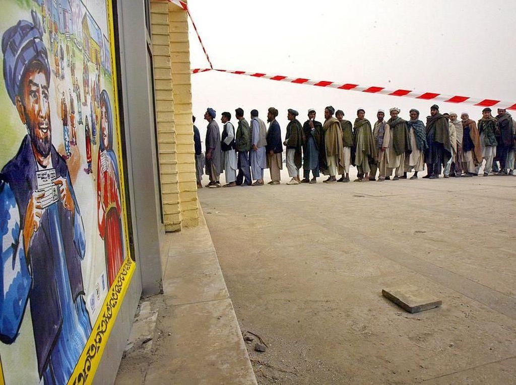 Mengawal Suara di Jantung Taliban
