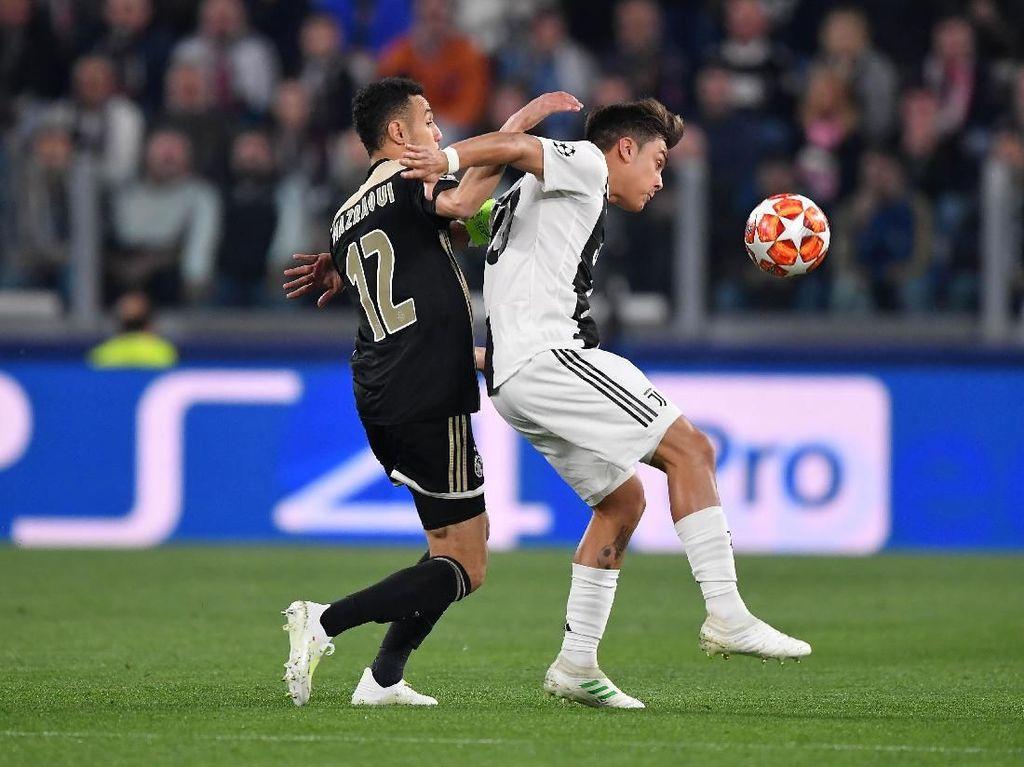 Sama-Sama Dibantu VAR, Juventus vs Ajax 1-1 di Babak Pertama