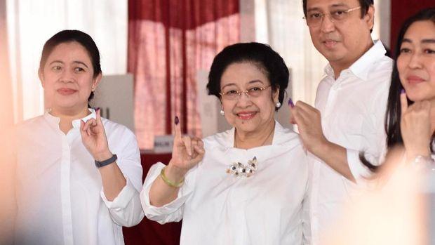 Megawati soal Puan Ketua DPR: Sebagai Ibu Tentu Senang