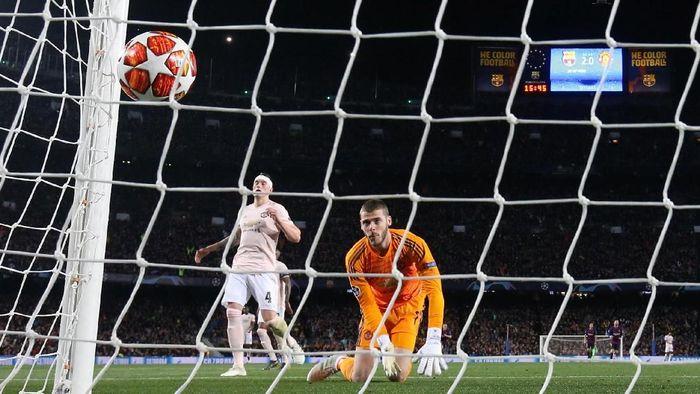 Manchester United saat tumbang di kandang Barcelona. (Foto: Susana Vera/Reuters)