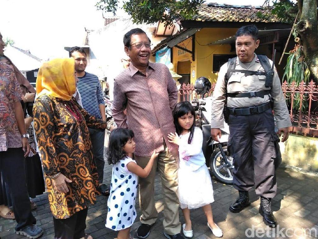 Mahfud Md Beri Briefing ke Keluarganya: Silakan Pilih Sendiri