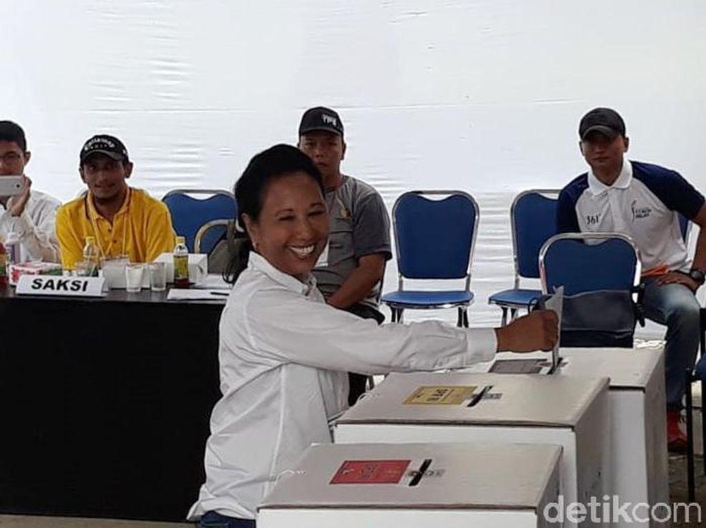 Rini Janji Garuda Indonesia akan Turunkan Harga Tiket