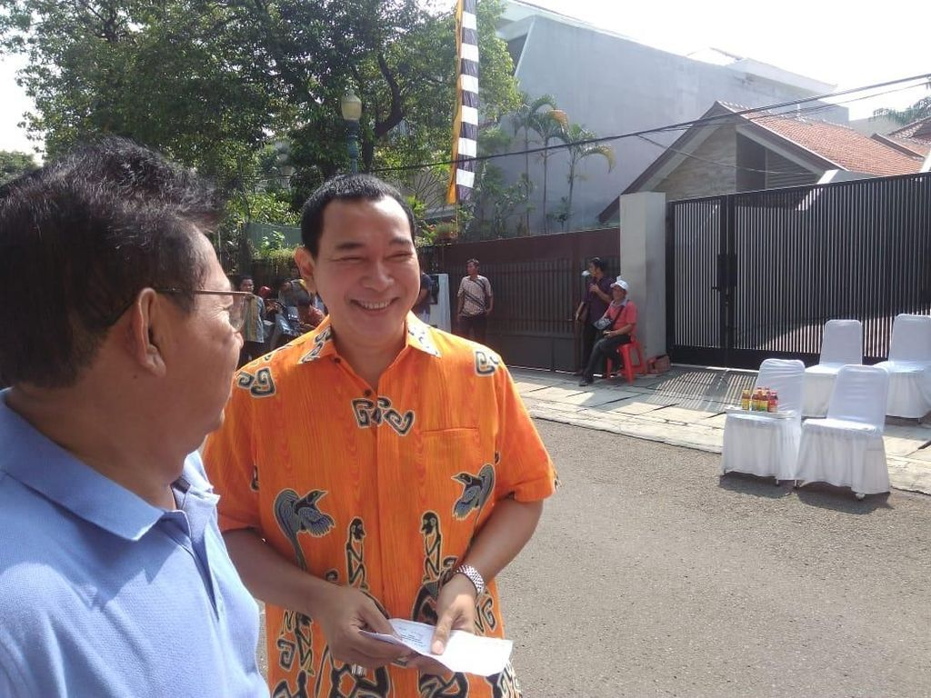 Tommy dan Didit Prabowo Nyoblos di TPS Cendana