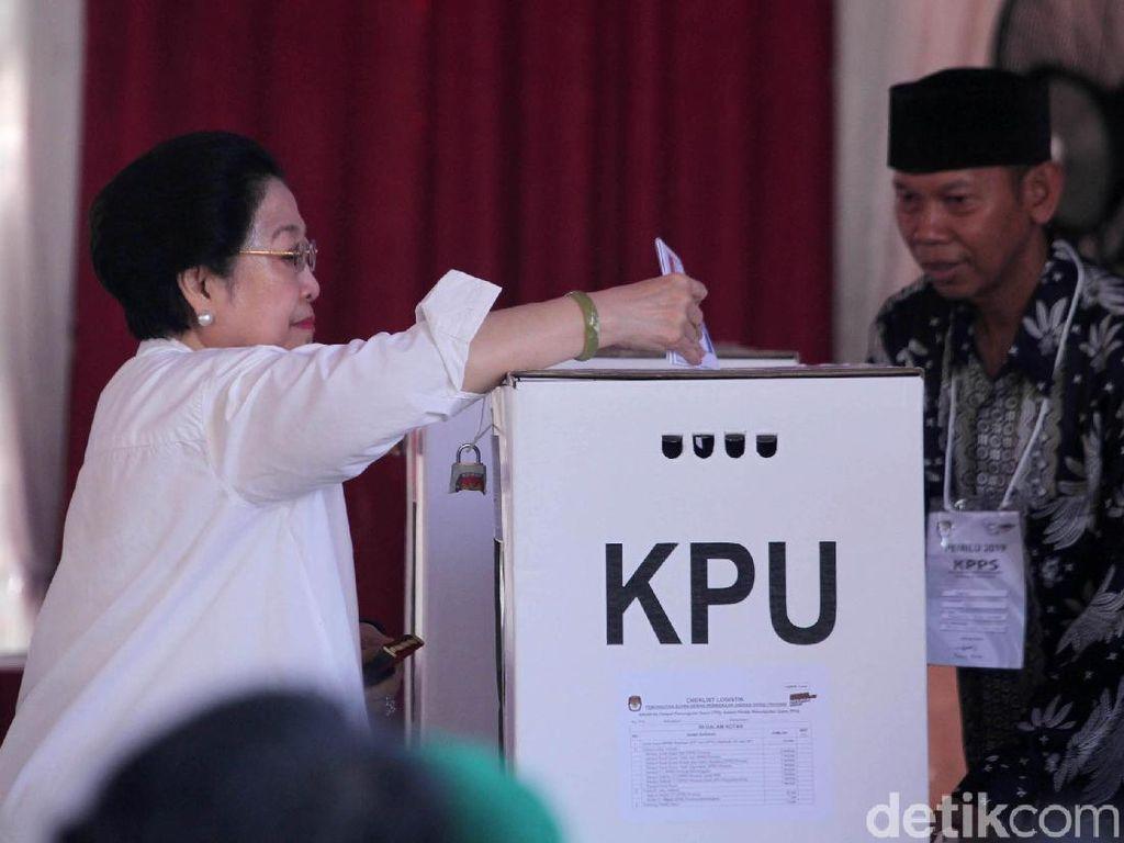 Megawati: Kenapa Bisa Begitu Banyak Anggota KPPS yang Meninggal?