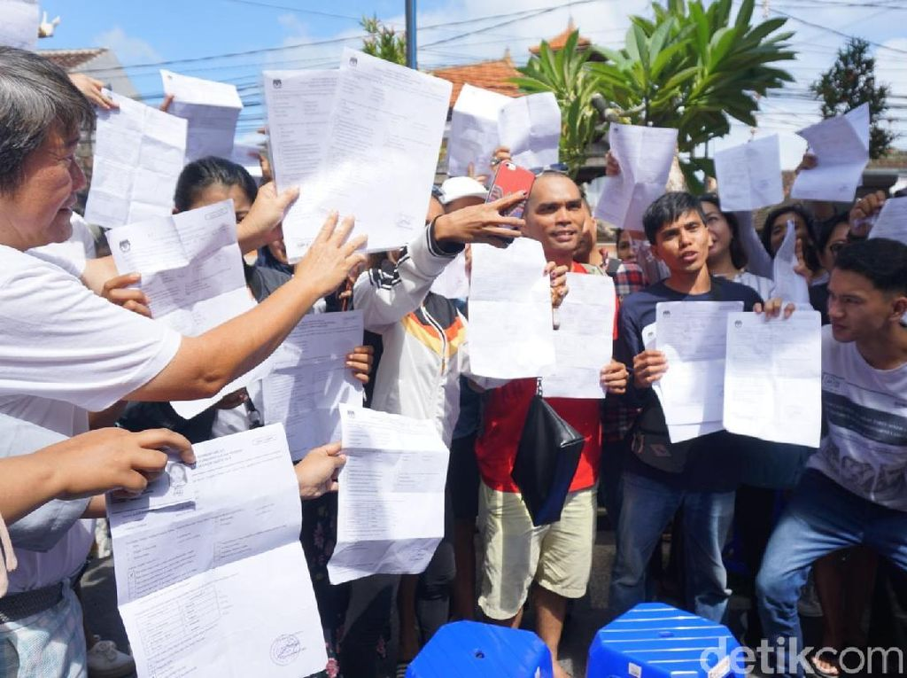 Surat Suara Habis, Pemilik A5 di TPS Kuta Bali Protes