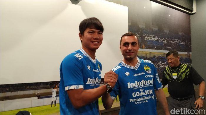 Artur Gevorkyan resmi berseragam Persib Bandung. (Mukhlis Dinillah/detikSport)