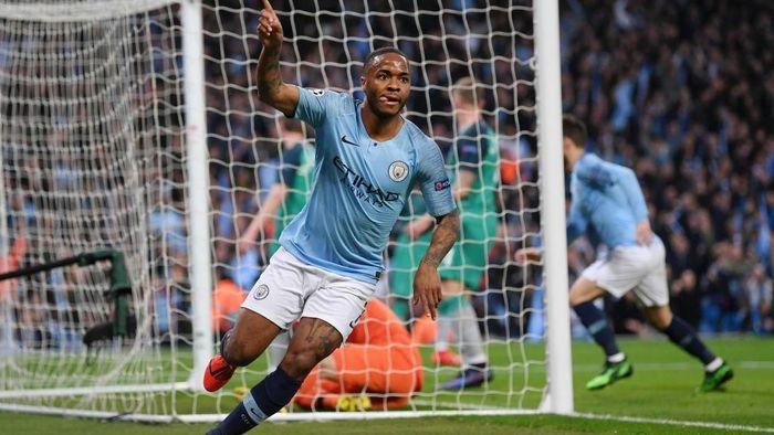 Raheem Sterling merayakan golnya untuk Manchester City (Laurence Griffiths/Getty Images)