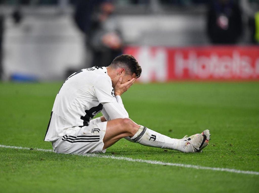 Ronaldo pada Ibunya Usai Juve Kandas: Aku Tidak Bisa Ciptakan Keajaiban