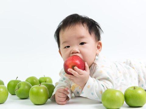 Tips Simpel agar Anak Suka Makan Sayur & Buah Sejak Kecil