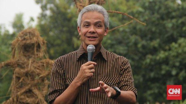 "Gubernur Jawa Tengah Ganjar Pranowo menyatakan bila Jawa Tengah masih tetaplah ""kandang banteng"" seiring perolehan suara pasangan Jokowi-Maruf di Jawa Tengah yang mencapai 77 persen."