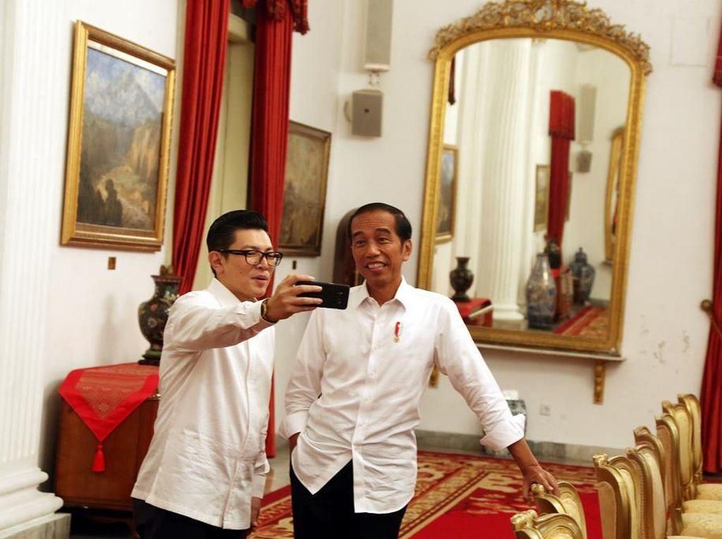 Pesan Jokowi saat Ngevlog Bareng Pemred Detikcom