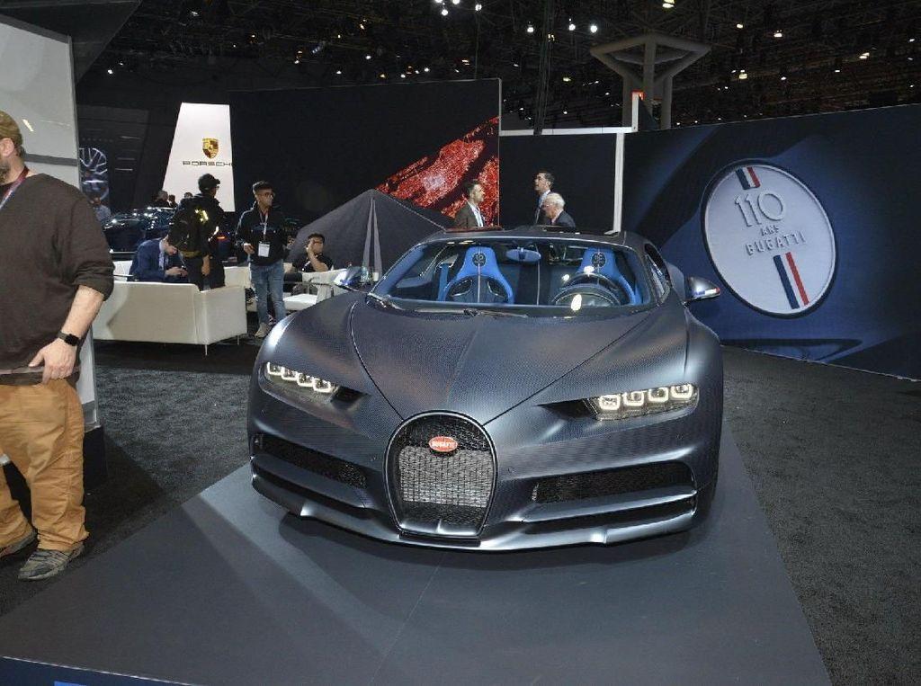 Rayakan 110 Tahun, Bugatti Pamer Chiron Edisi Spesial