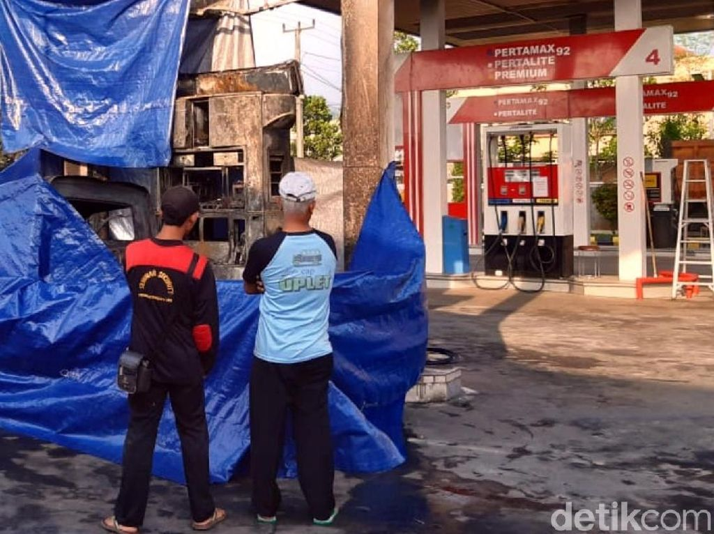 Polisi Selidiki Penyebab Kebakaran SPBU di Sukabumi