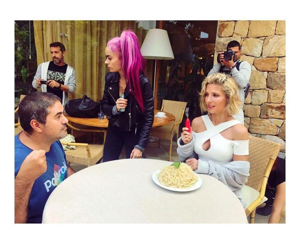 Wanita yang Dinikahi Chris Hemsworth di Pulau Sumba, NTT Ini Doyan Pastry