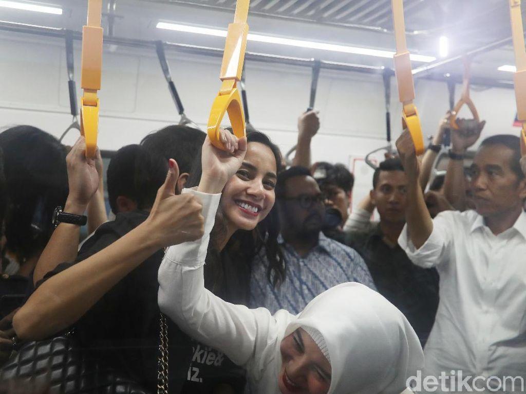 Kirana Larasati Minta Semua Bisa Tahan Emosi Lihat Situasi Politik Terkini
