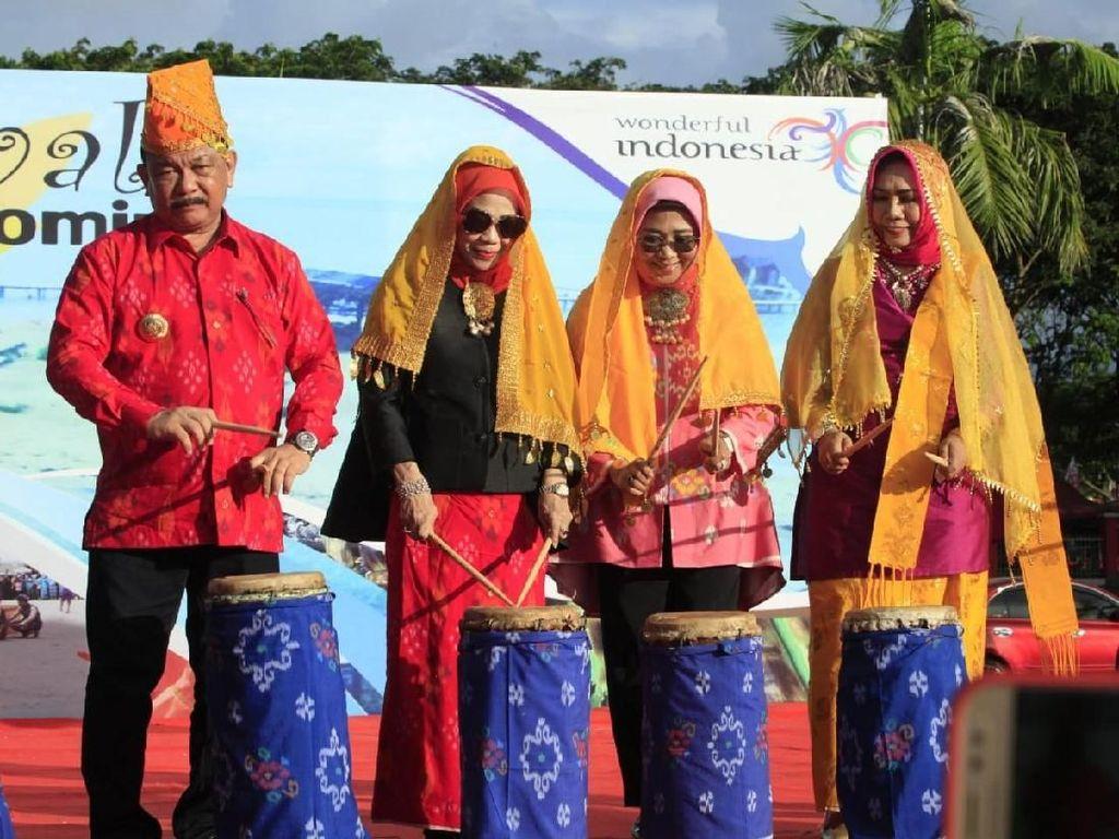 Resmi Dibuka, Festival Teluk Tomini Angkat Wisata Bahari dan Budaya