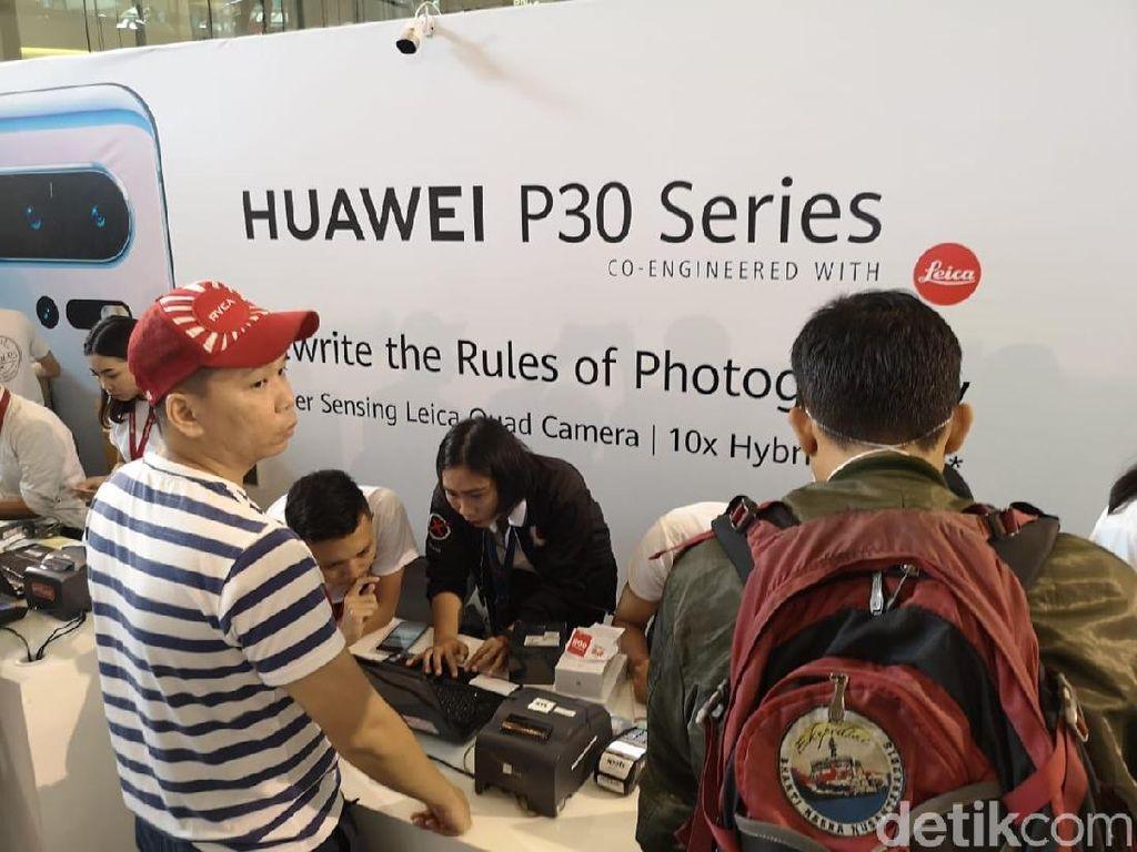 Di Pasar Indonesia, Lebih Laku Huawei P30 Atau P20?