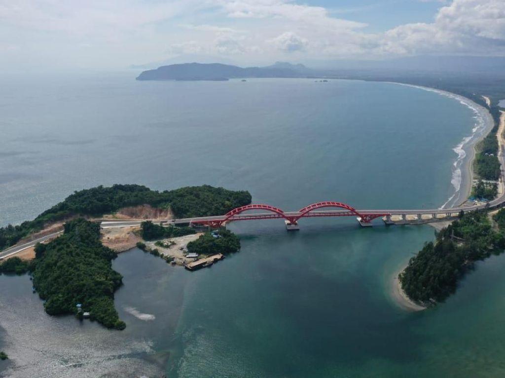 Jalan Panjang Jembatan Holtekampyang akan DiresmikanJokowi