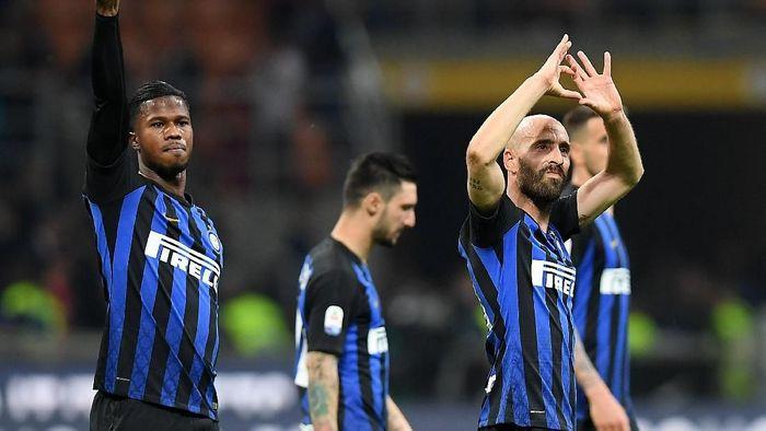 Inter Milan tak tergoyahkan di empat besar klasemen Liga Italia usai bermain imbang dengan AS Roma (Foto: Daniele Mascolo/Reuters)