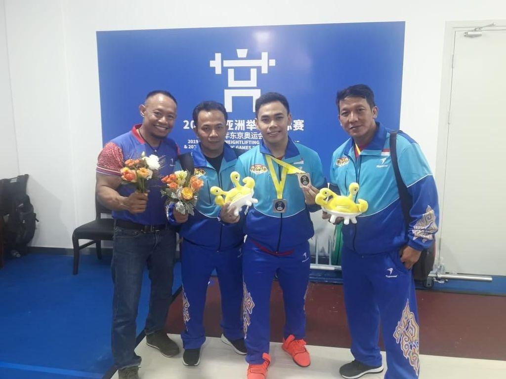 Eko Yuli Raih 2 Perunggu di Kejuaraan Asia Angkat Besi