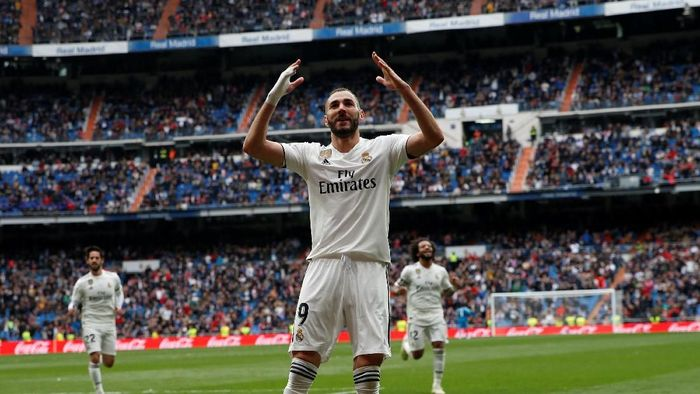 Mantap betul Karim Benzema. Dia selalu bikin gol dalam lima pertandingan beruntun untuk Real Madrid di Liga Spanyol (REUTERS/Susana Vera)
