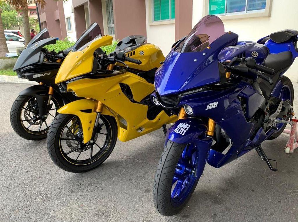 Yamaha R15 Berbaju Moge R1M
