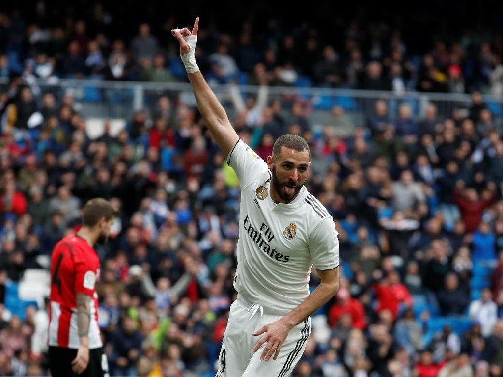 Benzema Masih Oke, Terserah Madrid Mau Beli Striker atau Tidak