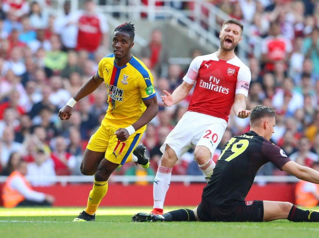 Bikin Blunder dalam Kekalahan Arsenal, Mustafi Dibela