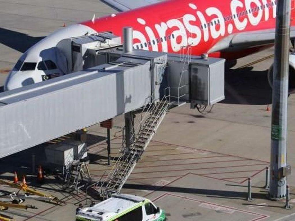 Bayi 2 Bulan Meninggal di Pesawat AirAsia dari Kuala Lumpur ke Perth