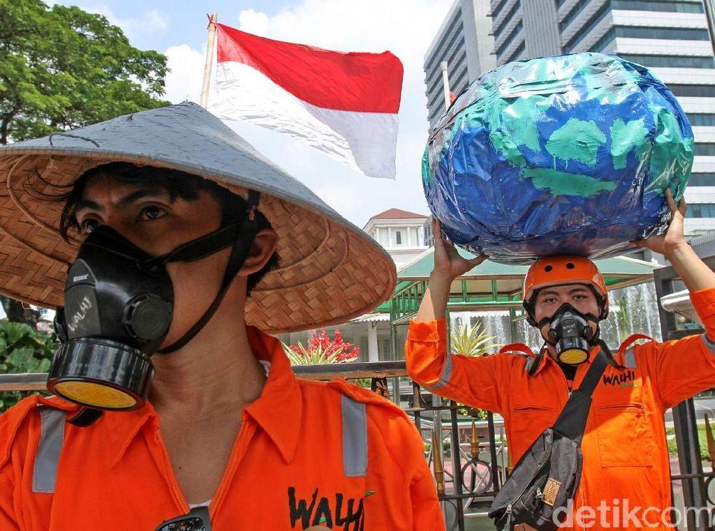 Aktivis Gelar Peringatan Aksi Hari Bumi di Jakarta