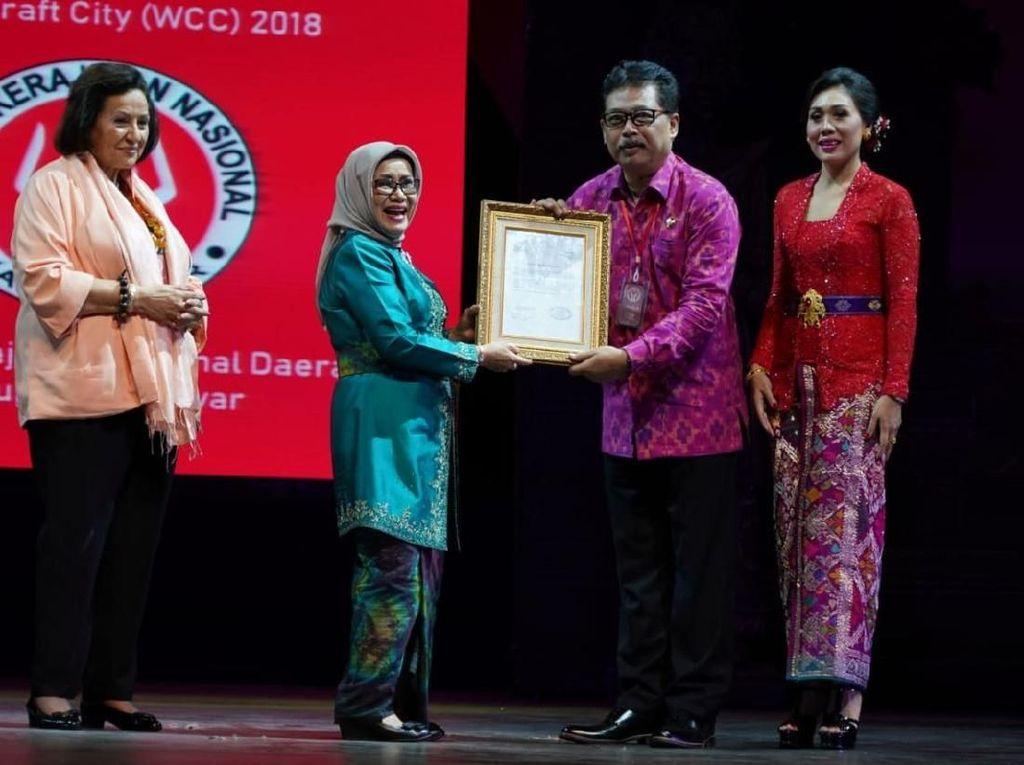 Mufidah Kalla Hadiri Penobatan World Craft City untuk Gianyar