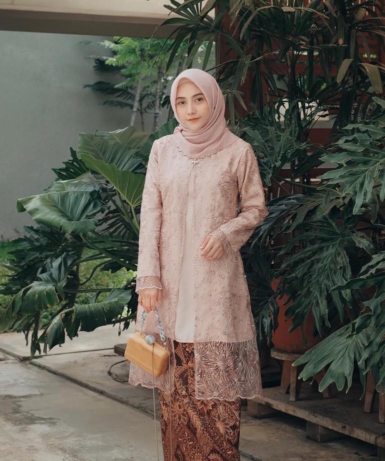 Hijab Model Kebaya 2019 5