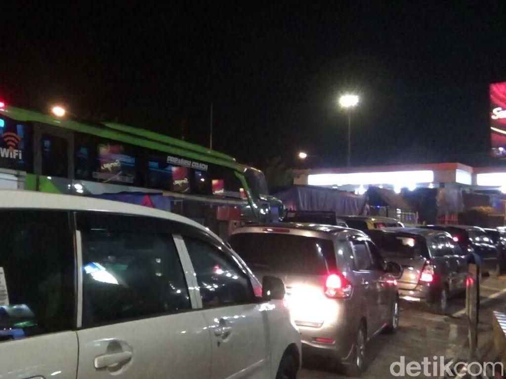 Pasca Long Weekend Pemilu dan Paskah, Pelabuhan Ketapang Sempat Padat