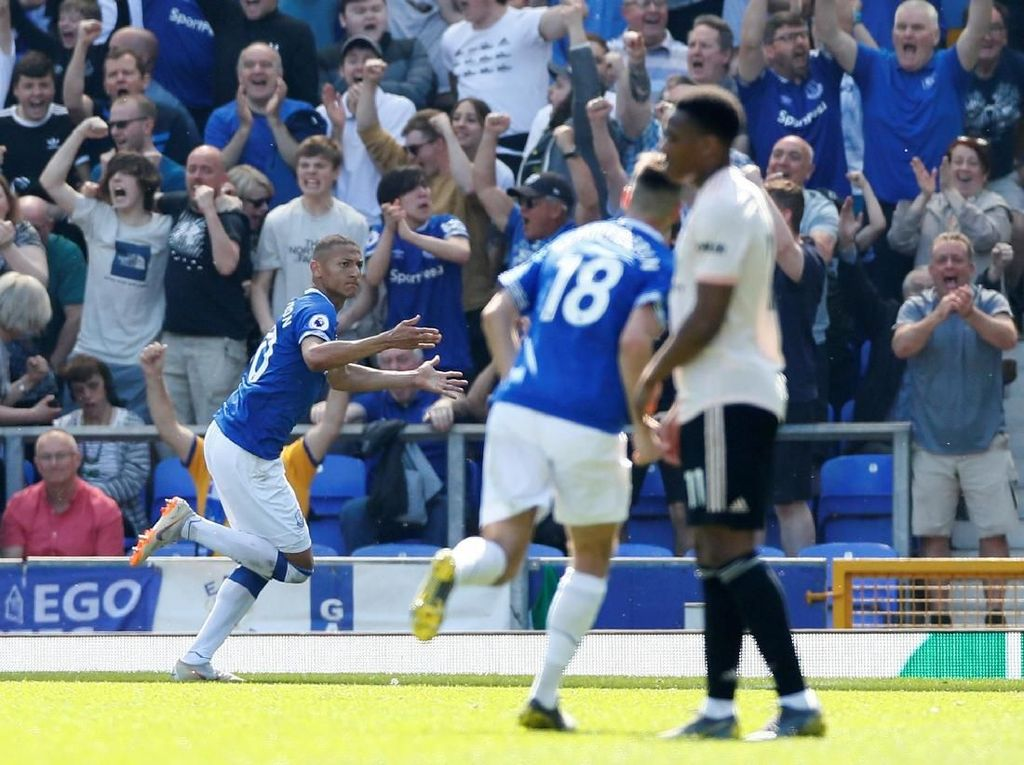 Man United Dipermak Everton di Goodison Park