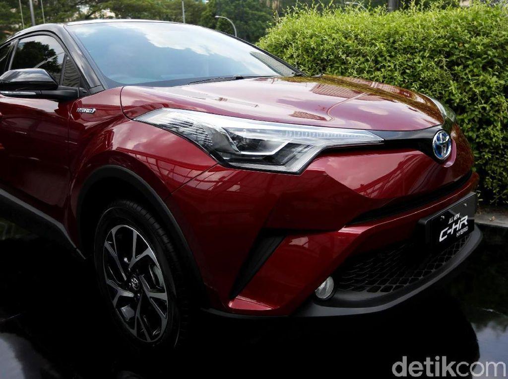 Toyota: Harga C-HR Hybrid Harusnya Lebih Mahal