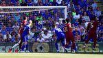 Liverpool Menjaga Asa Juara