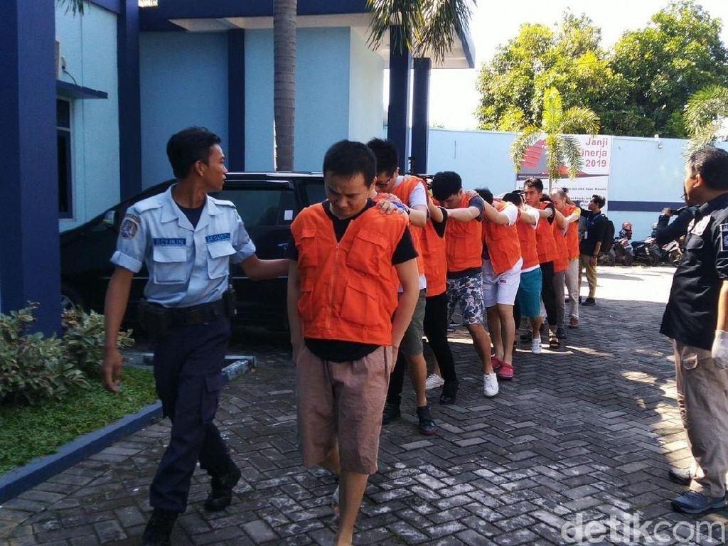 Gerombolan WNA Taiwan Buronan Interpol Dibekuk di Semarang