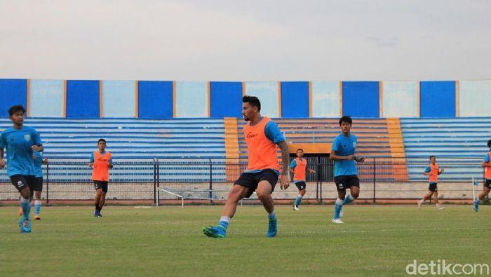 Alex dos Santos Goncalves, striker yang akan dikontrak Persela Lamongan. (Foto: Eko Sudjarwo/Detikcom)
