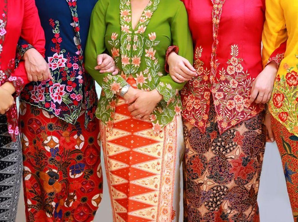 Batik Karimun Sarat Makna Bakal Warnai Festival Barongsai 2019