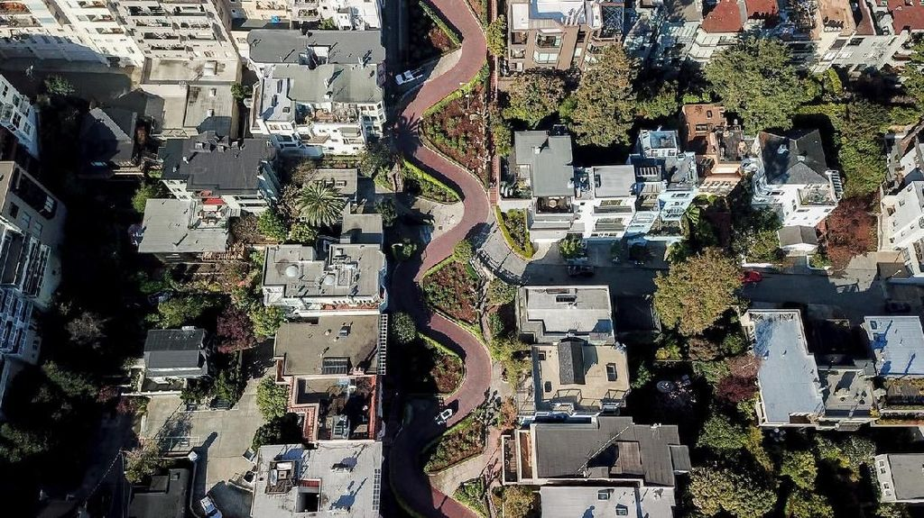 Potret Jalanan Ikonik Amerika yang Tak Lagi Gratis