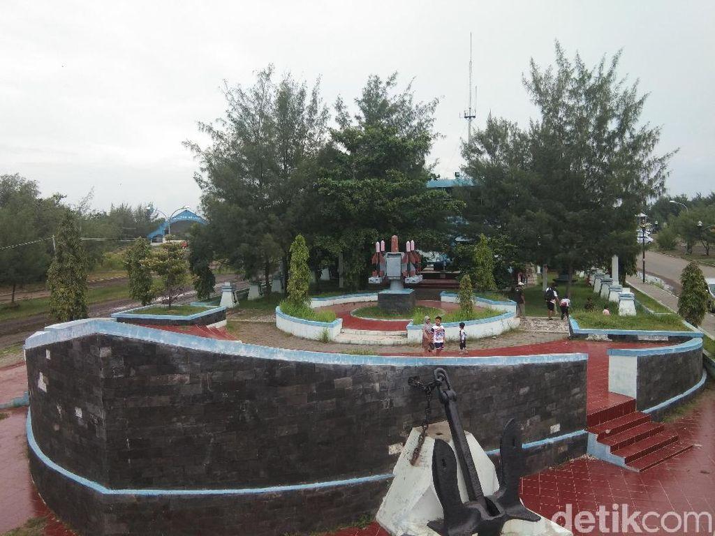 Foto: Bukan di Jakarta, Ini Museum Bahari di Tegal
