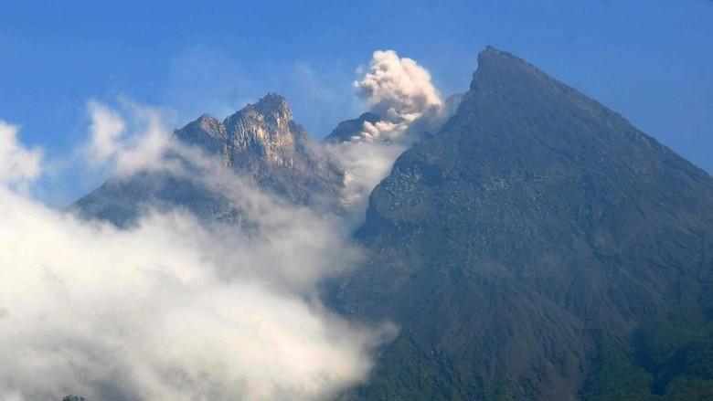 Foto: Gunung Merapi (ANTARA FOTO/Aloysius Jarot Nugroho)